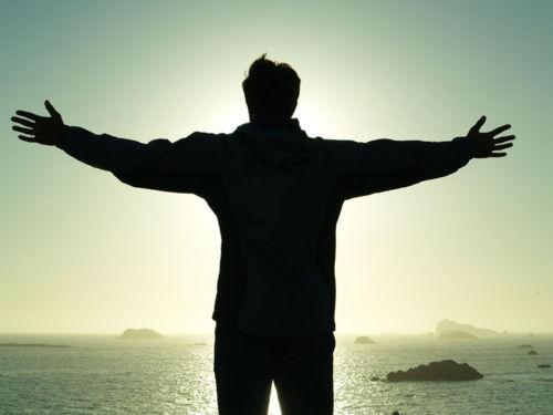 Há alguém maior que Jesus?