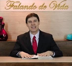 Bispo Emerson Viana